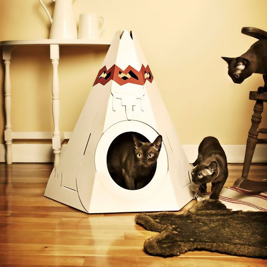 cat-playhouse-scratching-toys-6