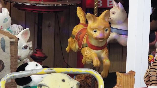 cat-museum-06